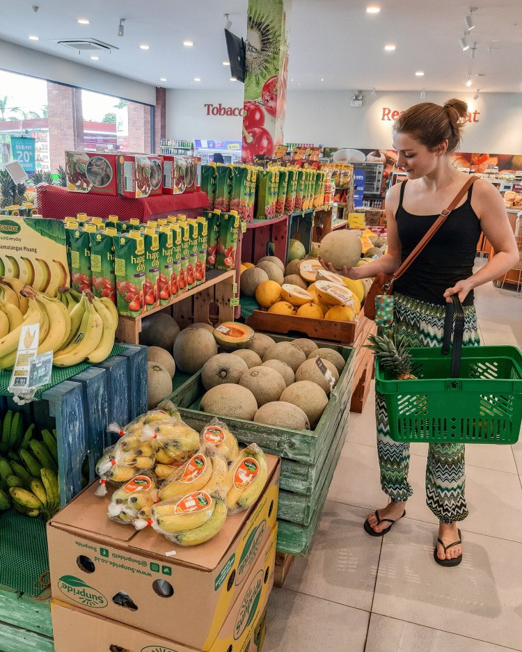 Buying fruit at the supermarket in Bali